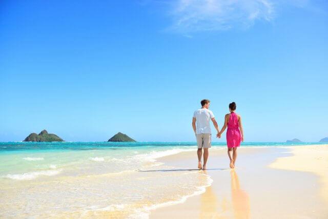 travel-dating-beach